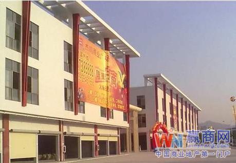 深圳凤凰杰鹏商业广场